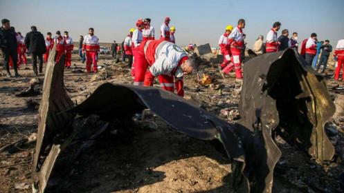 Mỹ: Máy bay chở khách Ukraine rơi tại Iran do trúng đạn tên lửa phòng không