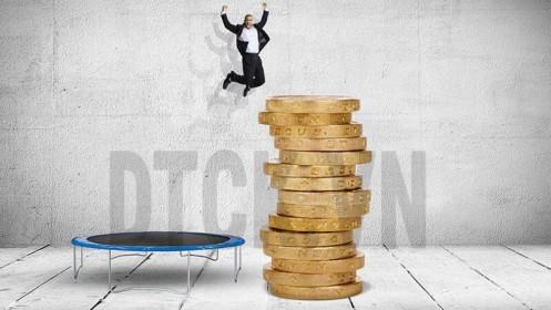 Phiên sáng 3/2: Thị trường tiếp tục giảm sâu, cổ phiếu dược lội ngược dòng