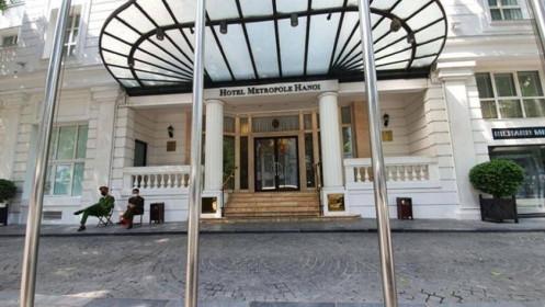 Hà Nội phong tỏa khách sạn Metropole vì du khách Anh nhiễm Covid-19