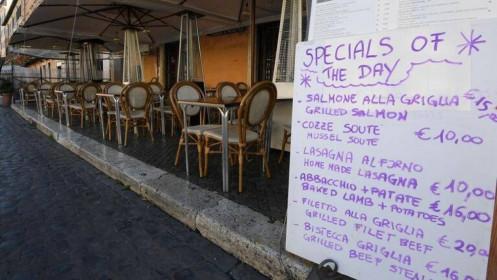 Italy thêm 250 người chết, nguy cơ dịch Covid 19 lan xuống miền Nam