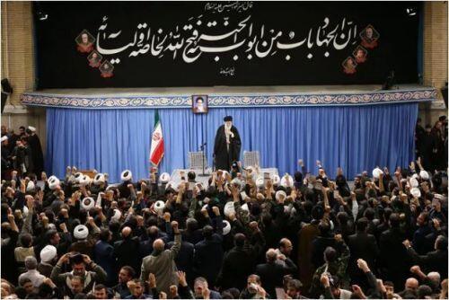 Dân Iran ăn mừng vì không bị Mỹ trả thù