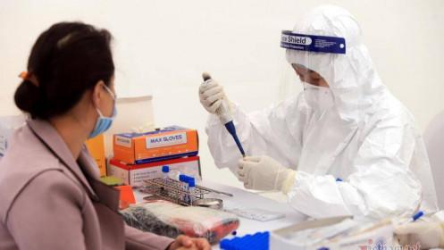 Khách Tây gặp tai nạn, đi cấp cứu Hà Nội xét nghiệm dương tính Covid-19