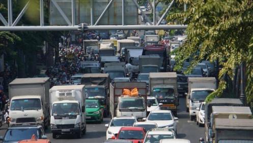 TPHCM bất ngờ siết chặt trở lại vận tải hành khách công cộng