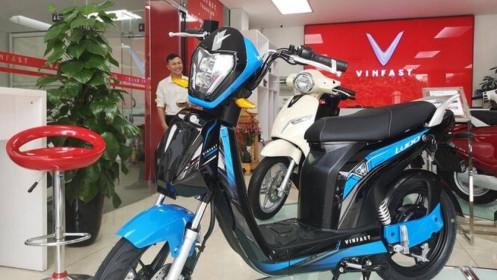 [Video] Mổ xẻ VinFast Impes và Xe máy điện Trung Quốc: Không cân sức!