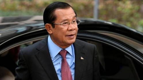 Ông Hun Sen là người Campuchia đầu tiên tiêm vắc xin Covid-19 Trung Quốc