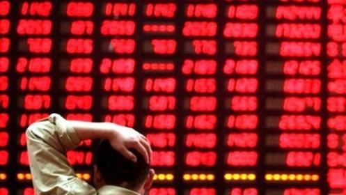 VN-Index giảm kỷ lục trong phiên hoảng loạn, cổ phiếu BĐS nằm sàn la liệt