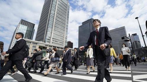 Vì sao người Nhật ngày càng 'nghèo đi'?