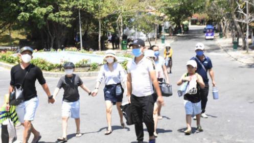 Nikkei Asia: Việt Nam lo sợ làn sóng Covid-19 từ Lào và Campuchia trước kỳ nghỉ lễ
