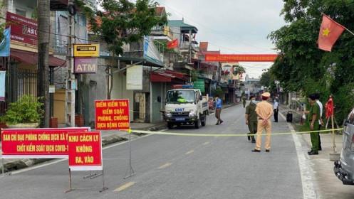 Nữ sinh lớp 12 ở Nam Định mắc COVID-19, hơn 100 F1 phải đi cách ly tập trung