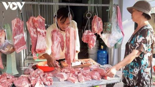 Giá lợn mới nhất, Giá lợn hơi giảm sâu, giá thịt lợn tới tay người tiêu dùng vẫn giảm nhỏ giọt