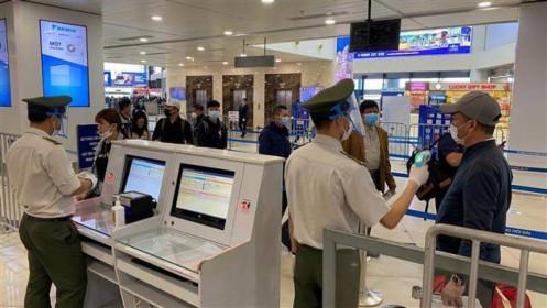 Dừng nhập cảnh hành khách tại sân bay Nội Bài từ ngày mai, 1.6