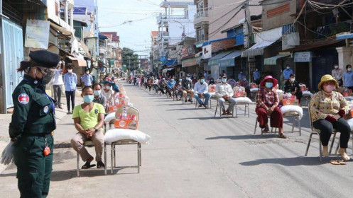 Hơn 700 ca Covid-19 mới trong 24 giờ, Phnom Penh tăng cường các biện pháp phòng dịch