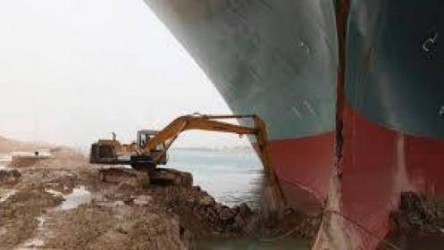 Ai Cập tiếp tục đàm phán về việc bồi thường thiệt ở kênh Suez