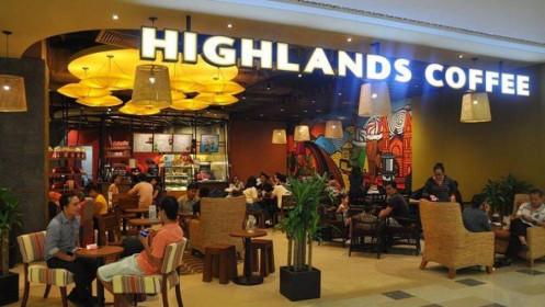 Khách hàng đòi tẩy chay vì quán chỉ cho ngồi 1 giờ, Highlands nói gì?