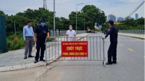 Nam Từ Liêm: Một nhóm tập trung đông người bị phạt 20 triệu đồng
