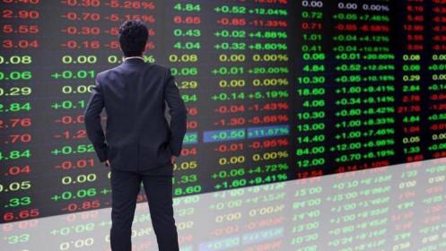 """Thị trường chứng khoán """"gạn đục khơi trong"""""""