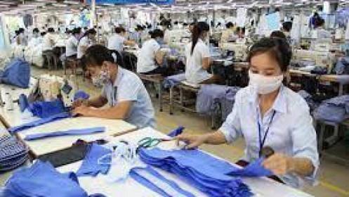 Ngành dệt may: Vị trí cao cấp vẫn thuộc về lao động nước ngoài