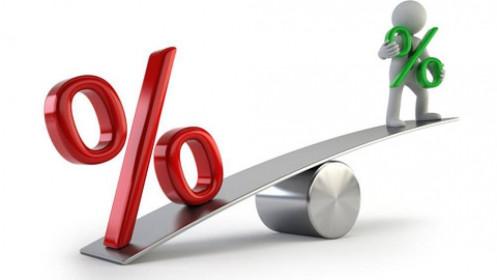 Lãi suất tiền gửi giảm ngân hàng rơi vào thế khó
