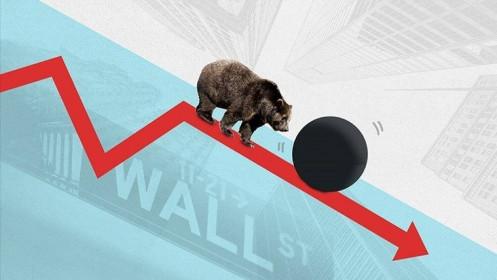 Giảm hơn 27 điểm, nhà đầu tư rơi vào trạng thái hoảng loạn
