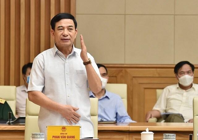 Thủ tướng: TPHCM phải thực hiện Chỉ thị 16 triệt để hơn, lực lượng Quân đội, Công an sẵn sàng phối hợp