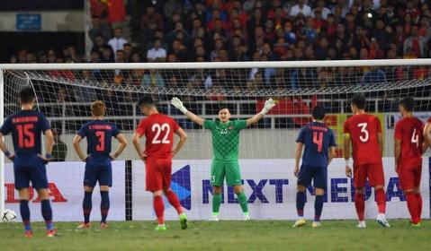 Hoà Thái Lan, HLV Park được thưởng 400 triệu, Văn Lâm 100 triệu