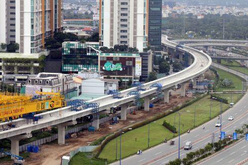 Lùi tiến độ tuyến metro số 1 và đề xuất cung cấp 1 tỷ USD xây Sân bay Long Thành