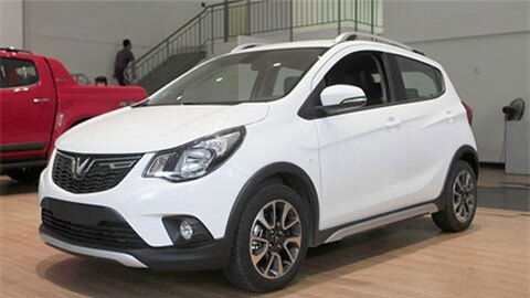 VinFast Fadil tung 'chiêu' giảm giá mới đối đầu Hyundai Grand i10, Kia Morning