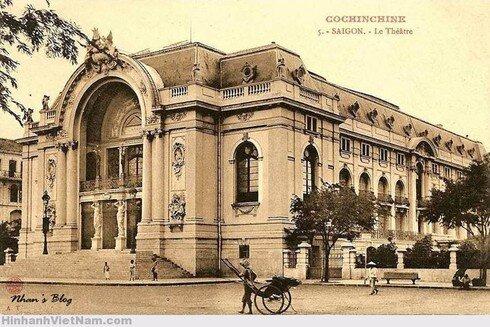 Bất ngờ loạt ảnh trăm tuổi về Nhà hát lớn Sài Gòn