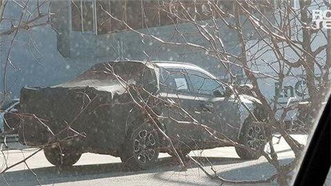 Hyundai Santa Cruz giá mềm lộ ảnh chạy thử khiến fan sốt sắng, đối thủ của Ford Ranger