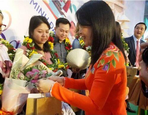 TP.HCM chào đón những vị khách quốc tế xông đất 2020
