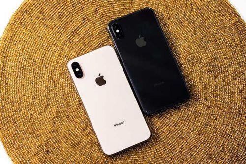 Giá chênh không lớn, nên mua iPhone X hay iPhone XS?