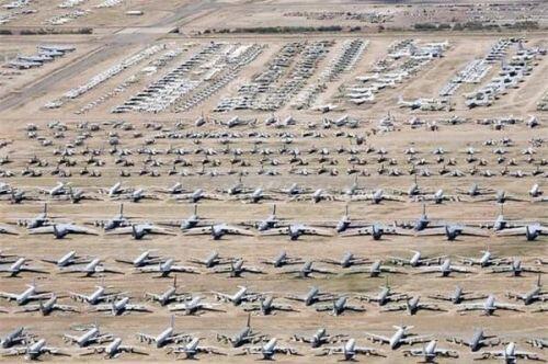 """Choáng ngợp """"nghĩa địa"""" máy bay của Mỹ: Kẻ ăn không hết, người lần không ra"""