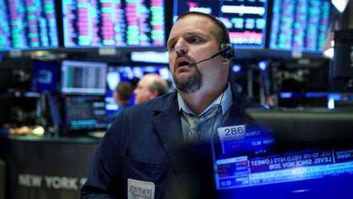 Mất hơn 170 điểm, Dow Jones rớt mốc 29,000 lần đầu tiên kể từ ngày 14/01/2020