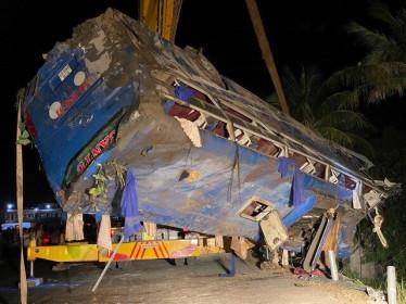 Bốn ngày nghỉ Tết: 105 vụ tai nạn giao thông, 83 người chết
