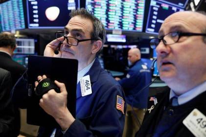 Sụt hơn 450 điểm, Dow Jones chứng kiến phiên giảm mạnh nhất kể từ tháng 10/2019