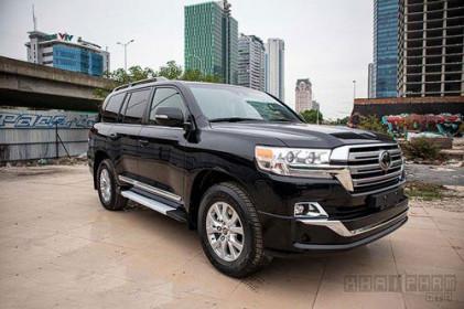 Toyota Land Cruiser nhập Mỹ đắt hơn chính hãng 3,8 tỷ đồng
