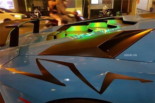 'Soi' Lamborghini Aventador SV giá hơn 30 tỷ tại Việt Nam