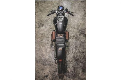 """Ngắm """"xế nổ"""" Yamaha XSR 155 độ Cafe Racer hầm hố"""