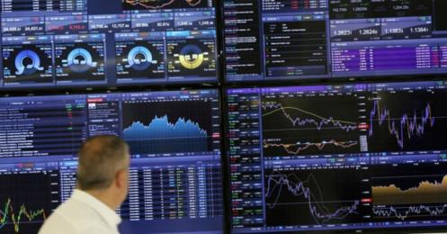 Chứng khoán 10/2: Ngân hàng tiếp tục điều chỉnh, chi phối cục diện thị trường