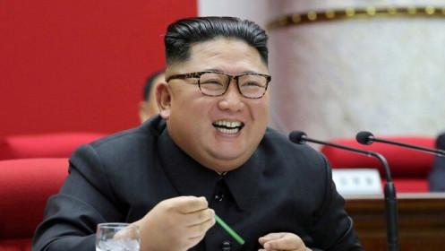 """Triều Tiên vẫn """"né"""" lệnh trừng phạt, tiếp tục nhập loạt xe sang và rượu ngoại?"""