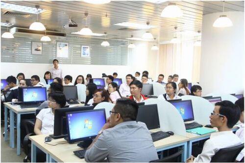 Thu nhập hàng trăm triệu đồng cho nhân sự có kinh nghiệm tại Việt Nam trong năm 2020