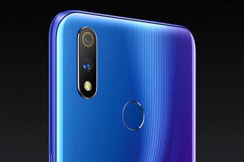 Realme 3 Pro giảm giá sốc tại Việt Nam