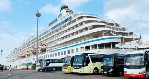 Đảm bảo an toàn khi tàu du lịch quốc tế Crystal Symphony cập cảng TP.HCM