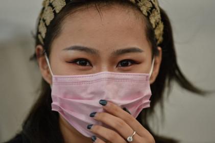 Số ca tử vong vì COVID-19 ở Trung Quốc giảm còn 52 người, thấp nhất 3 tuần qua