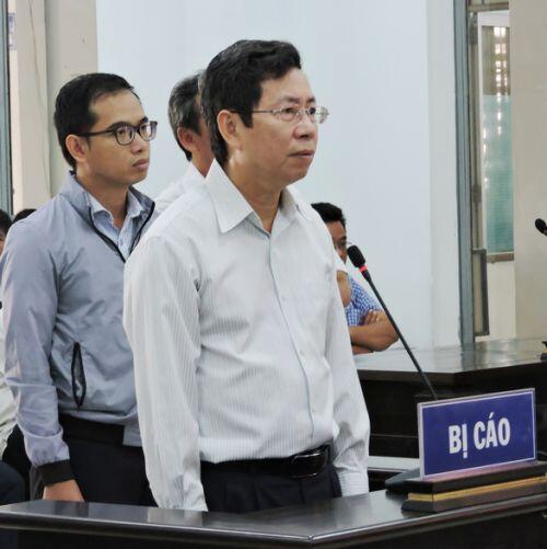 Phó chủ tịch TP Nha Trang và 4 bị cáo được đề nghị án treo