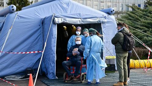Vì sao nhiều bệnh nhân COVID-19 tử vong tại Ý?