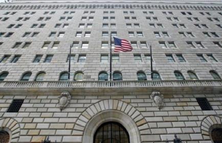 Chi nhánh Fed tại New York 'bơm' 50 tỷ USD vào thị trường mỗi ngày