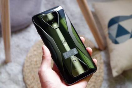 Trên tay Xiaomi Black Shark 3, giá 12,69 triệu đồng tại Việt Nam