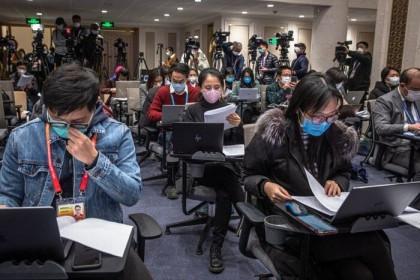 Mỹ-Trung căng thẳng 'cuộc chiến truyền thông' giữa 'tâm bão' Covid-19