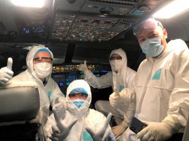 Phi công người Anh thực hiện mấy chuyến bay trước khi xét nghiệm dương tính Covid-19?